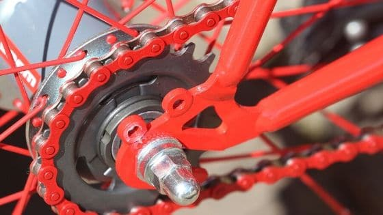 How To Clean A Bike Chain Without Removing It (1)