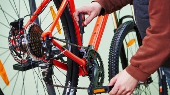 How To Clean A Bike Chain Without Removing It (2)